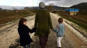 Сторонники Асада бегут из Сирии с надеждой вернутся