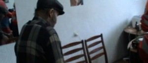 На Харьковщине разоблачили банду, которая пытала пенсионера, чтобы завладеть его квартирой